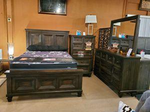 4pc queen Bedroom set for Sale in Norwalk, CA