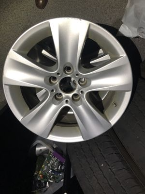 """17"""" bmw 5 series wheels for Sale in Chicago, IL"""