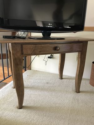 Wood console table for Sale in West Lake Hills, TX