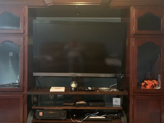 TV/Entertainment Wall Unit for Sale in Aldie,  VA