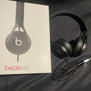 Beats by Dr.Dre EP for Sale in Chicago, IL