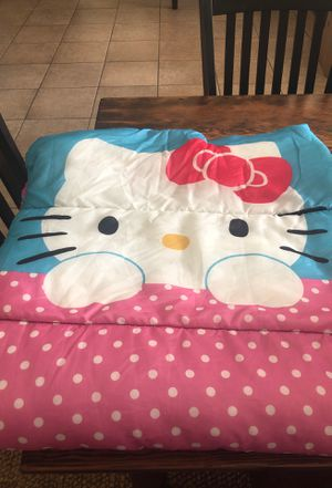 Kids sleeping bag-Hello Kitty (2 available) for Sale in Exeter, CA
