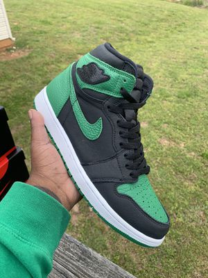 "Air Jordan 1 ""Pine Green"" BHM for Sale in Nashville, TN"
