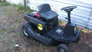 Riding lawn mower 30 inch 12 horsepower Murray select for Sale in Tampa, FL