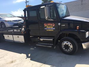 Tow truck 2002 Freightliner for Sale in San Jose, CA