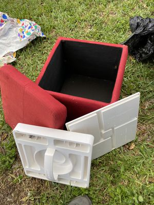 Red storage container for Sale in Plantation, FL