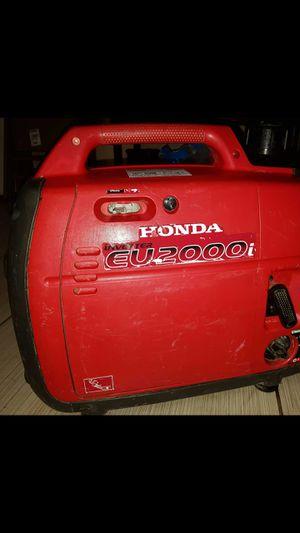 HONDA EU2000I RUNS GREAT SELL OR TRADE for Sale in Merced, CA