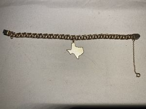 1/20 12K GF Gold 16 Gram Texas Charm Bracelet Inscribed With Name Joan for Sale in Cypress, TX
