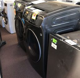 Washer And Dryer Liquidation AH for Sale in China Spring,  TX
