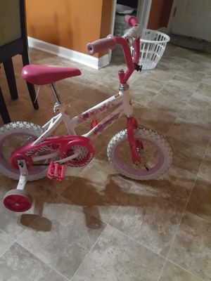 Make an Offer_HUFFY 12in Sea Star Girl's -Pink for Sale in Havelock, NC