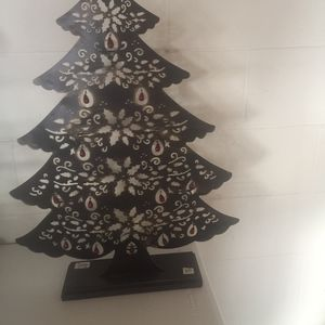 Metal Tree With Candles for Sale in Goodlettsville, TN