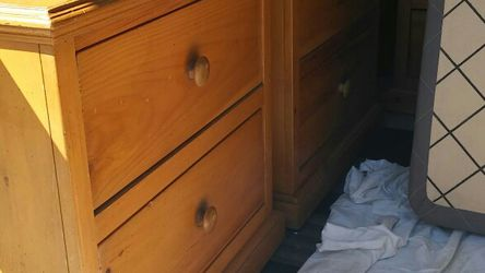 Solid Wood, Queen Sized Bed Set for Sale in Pico Rivera,  CA