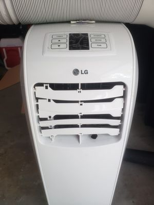 LG Portable Air Conditioner for Sale in Fort Washington, MD