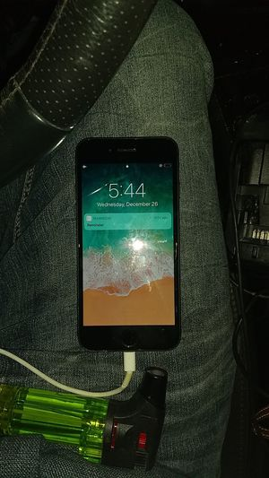Locked iPhone 7 No ICloud just Screen Lock for Sale in Denver, CO