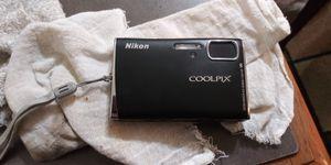 Nikon coolpix digital camera for Sale in Dallas, TX