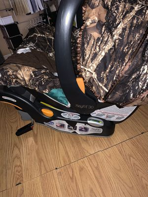 KeyFit Infant Car Seat for Sale in Huntington Park, CA