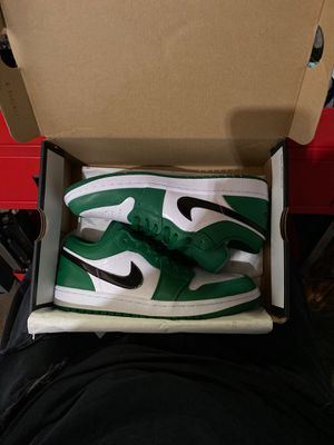 Jordan 1 pine greens lows for Sale in Monterey Park, CA