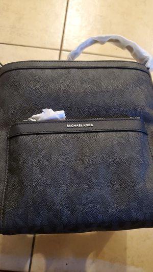 NWT! Michael Kors Black Morgan Messenger Bag for Sale in Las Vegas, NV