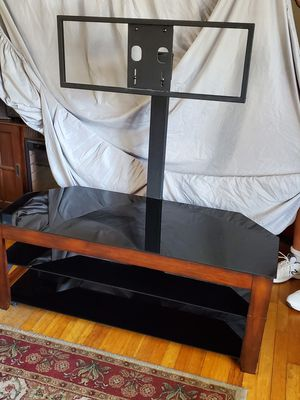 Glass /cherry 3 teir tv stand for Sale in Beachwood, NJ