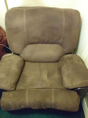 MOVING SALE Suede / leather recliner for Sale in Detroit, MI