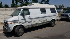 1993 Roadtrek class b camper van runs good needs cosmetic and transmission does not work for Sale in Gardena, CA