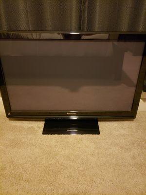 "TV 42"" Panasonic/MAKE OFFER for Sale in Miami, FL"