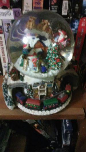 Snow globe for Sale in El Dorado, AR