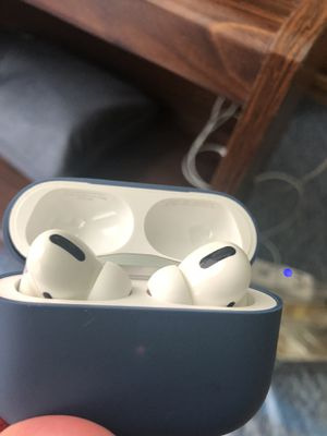 Apple air pods pro same Like New for Sale in Charleroi, PA