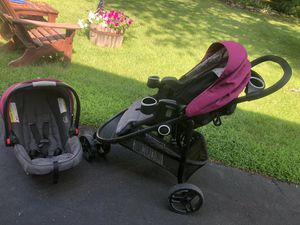 Greco Stroller, Car sear and 2 base for Sale in Billerica, MA