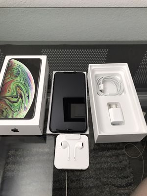 iPhone XS Max 256GB for Sale in Pittsburg, CA