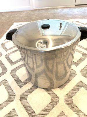 Large Pressure Cooker & Canner for Sale in Ashburn, VA