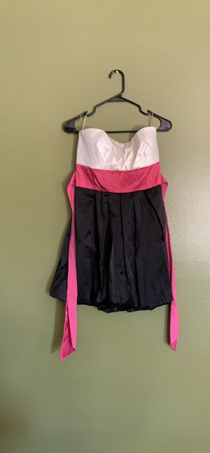 Two Junior Dresses Size 11 for Sale in Salinas, CA
