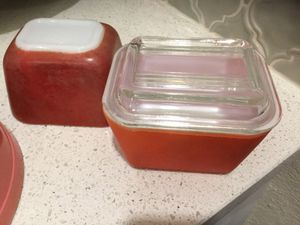 2 Vintage Pyrex Red Fridgies for Sale in Midlothian, TX