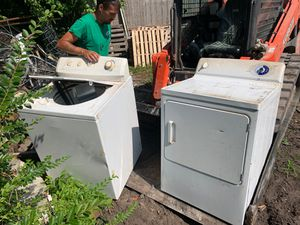 Free washer and dryer Federalsburg Maryland both work for Sale in Federalsburg, MD
