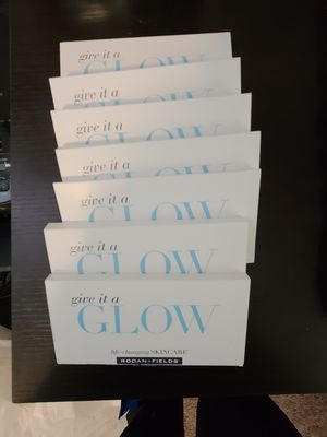 7 brand new give it a glow packs Rodan and Fields for Sale in Englewood, CO