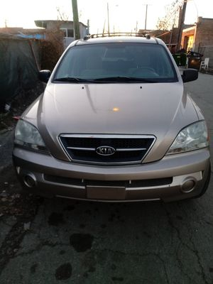 """""""06"""" Kia Sorento w/ excellent heat and great milage!! for Sale in Chicago, IL"""