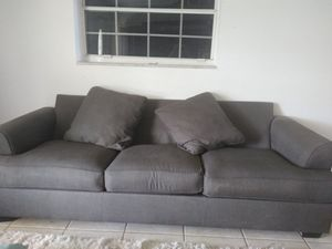 Grey sofa couch excellent condition FREE for Sale in Lauderdale Lakes, FL