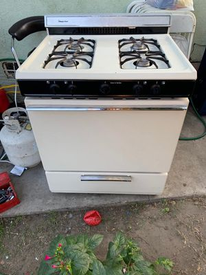 Stove for Sale in CRYSTAL CITY, CA