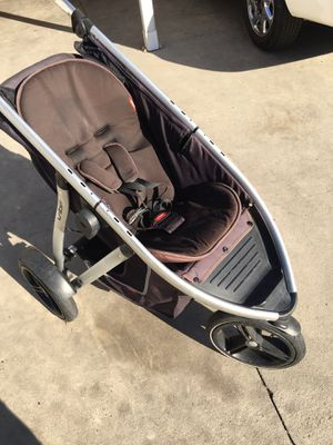 Dr phill vibe stroller for Sale in Ontario, CA