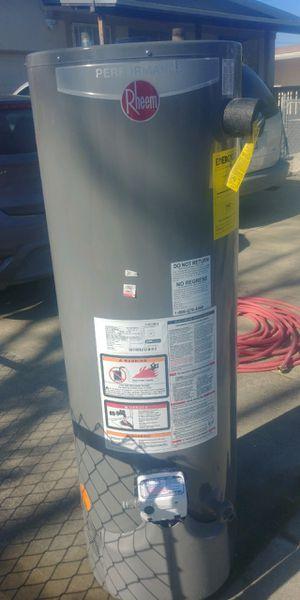 40 gal rheem performance gas water heater for Sale in San Jose, CA