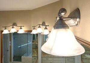 Vanity Lights (4) Satin Nickel for Sale in Houston, TX