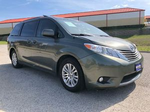 2014 Toyota Sienna for Sale in Fort Worth, TX