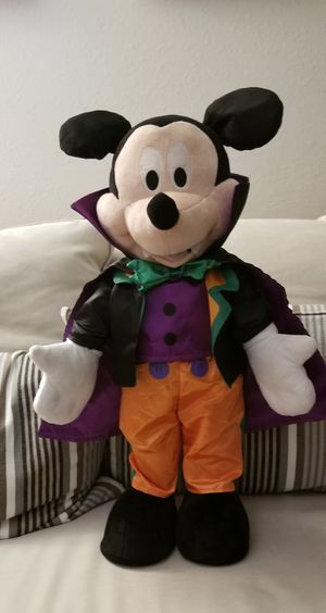 "23 "" tall Disney Dracula Vampire Mickey Mouse ! READY FOR HALLOWEEN ! for Sale in Tacoma, WA"