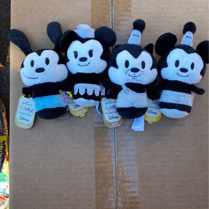 DISNEY Hallmark itty bittys Mickey, Minnie, Oswald, and Pete for Sale in Henderson, NV