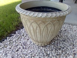Pot for artificial Plant for Sale in Kissimmee, FL