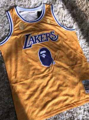 Lakers Jersey Size XXL for Sale in Ontario, CA