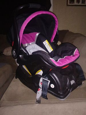Baby car seat for Sale in Cincinnati, OH