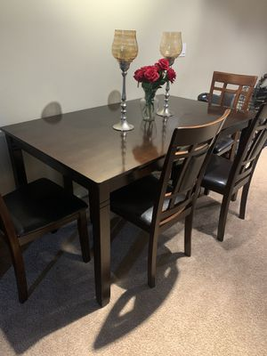 Dining table for Sale in Orlando, FL