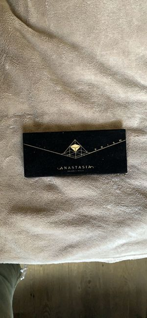 Anastasia Beverly Hills Prism for Sale in Tallahassee, FL