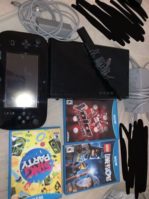 Wii u (32gb) black for Sale in Laton, CA